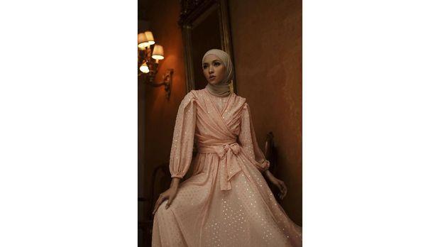 """Rumah Mode BARLI ASMARA Luncurkan Koleksi Pret-a-Porter Desain Terakhir Sang Desainer """"Romantic Nostalgia"""" Untuk Menutup 2020."""