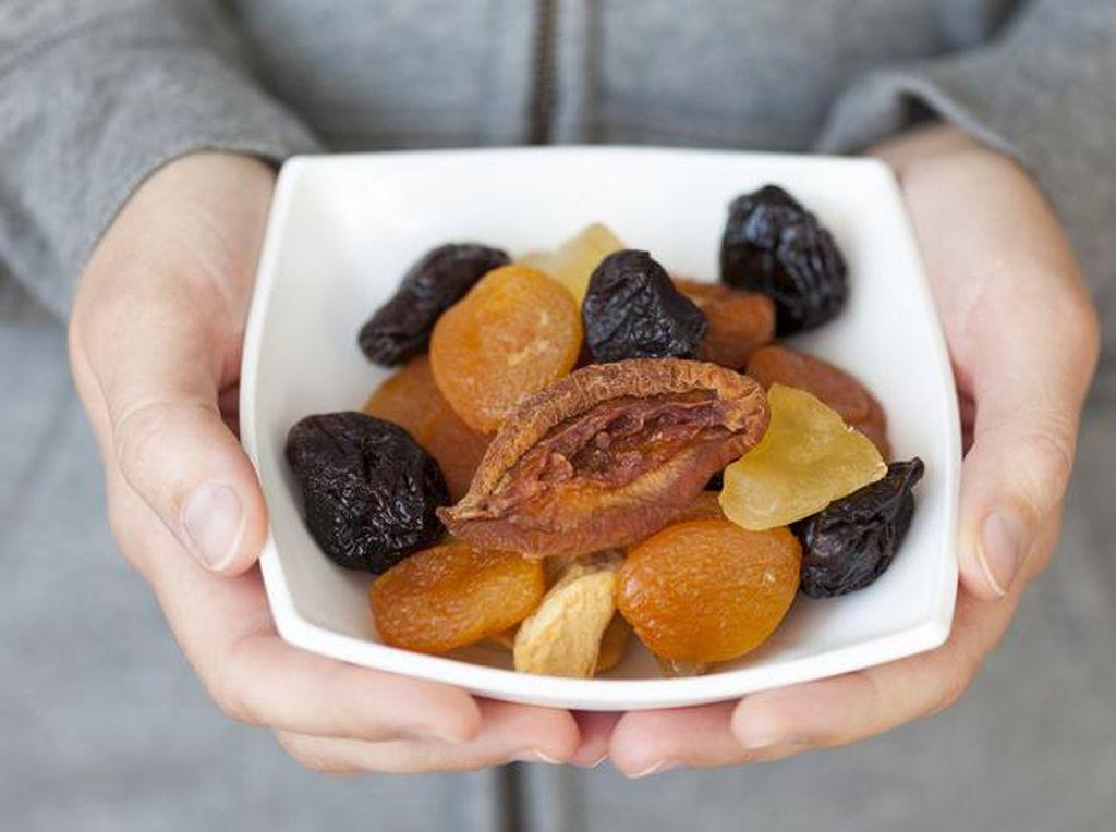Makan Buah Kering Lebih Sehat Dibanding Buah Segar? Ini Kata Peneliti