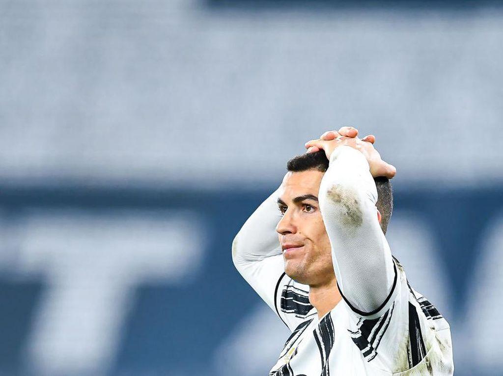 Ekspresi Ronaldo Bete Saat Gagal Jadi Pemain Terbaik FIFA