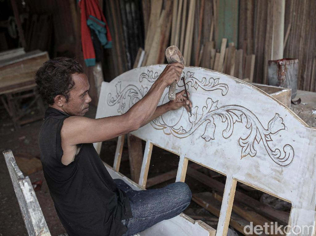 Impian Perajin Malaka, Ingin Bikin Ukiran Wajah Pak Jokowi