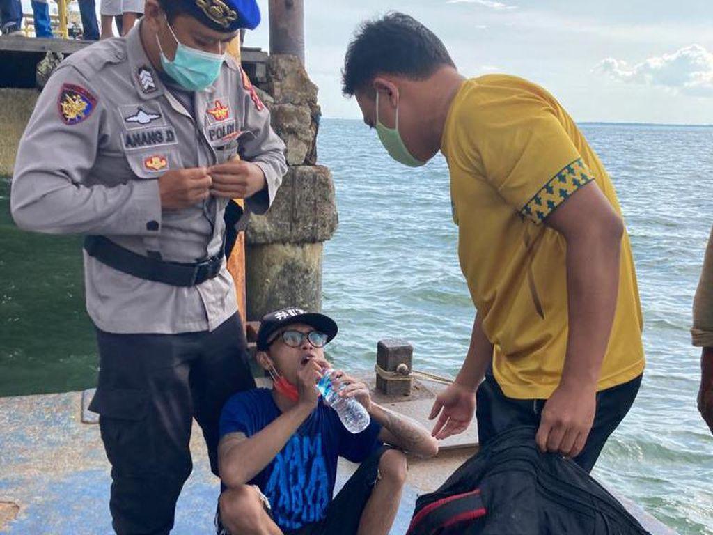Kisah Heboh 2 Pria Kalimantan Mau Seberangi Laut Jawa Pakai Kapal-kapalan