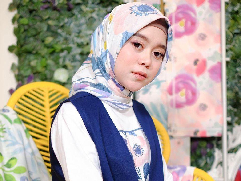 Lesti Kejora Bisnis Hijab, Harganya di Bawah Rp 100 Ribu
