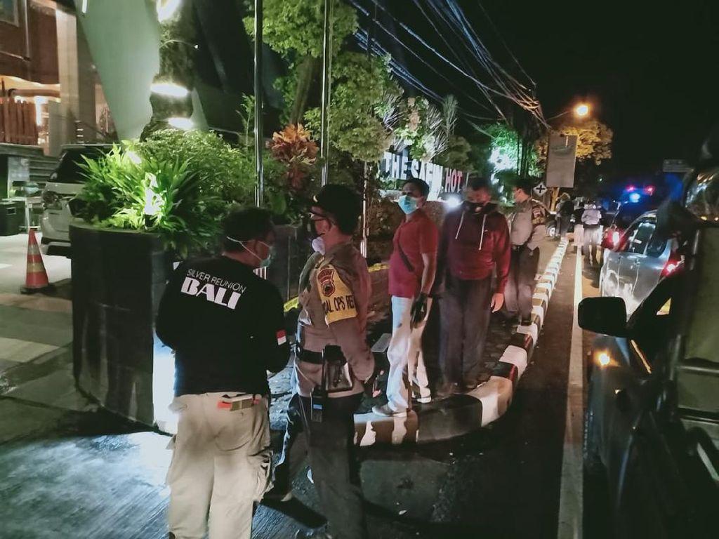 Rumdin-Hotel Wabup Pati Digeruduk dan Dirusak, 1 Orang Ditangkap