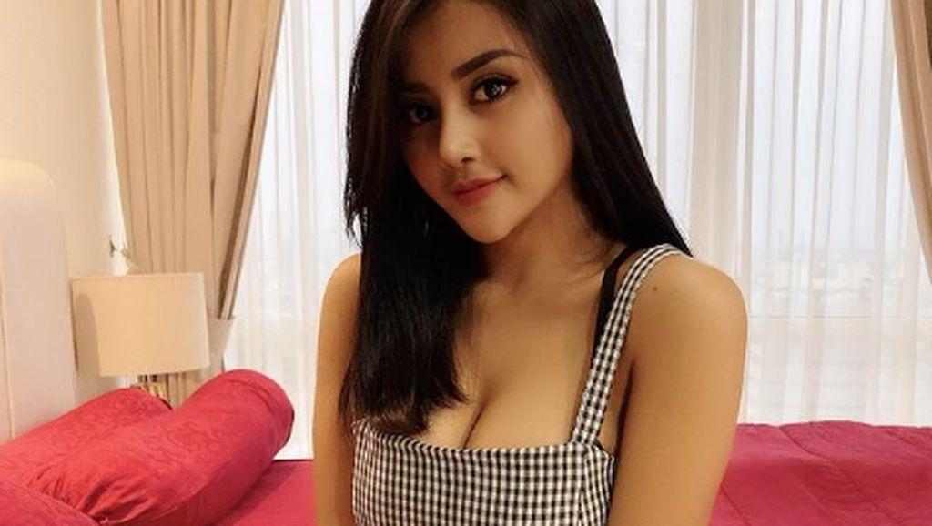 Potret Tania Ayu, Namanya Terseret Kasus Prostitusi hingga Punya Body Goals
