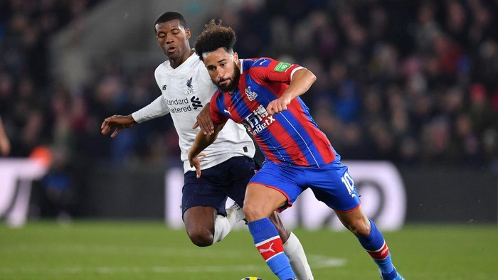 LONDON, ENGLAND - NOVEMBER 23: Andros Townsend of Crystal Palace and Georginio Wijnaldum of Liverpool in action during the Premier League match between Crystal Palace and Liverpool FC at Selhurst Park on November 23, 2019 in London, United Kingdom. (Photo by Justin Setterfield/Getty Images)