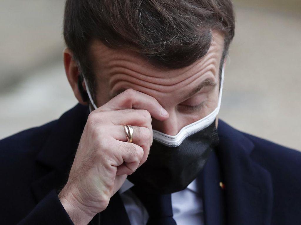 Positif COVID-19, Macron Ungkap Kondisinya Kini