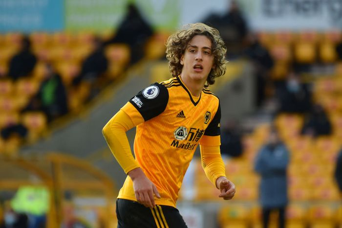 WOLVERHAMPTON, ENGLAND - DECEMBER 12: Fabio Silva of Wolverhampton Wanderers runs on during the Premier League match between Wolverhampton Wanderers and Aston Villa at Molineux on December 12, 2020 in Wolverhampton, England. The match will be played without fans, behind closed doors as a Covid-19 precaution. (Photo by Rui Vieira - Pool/Getty Images)
