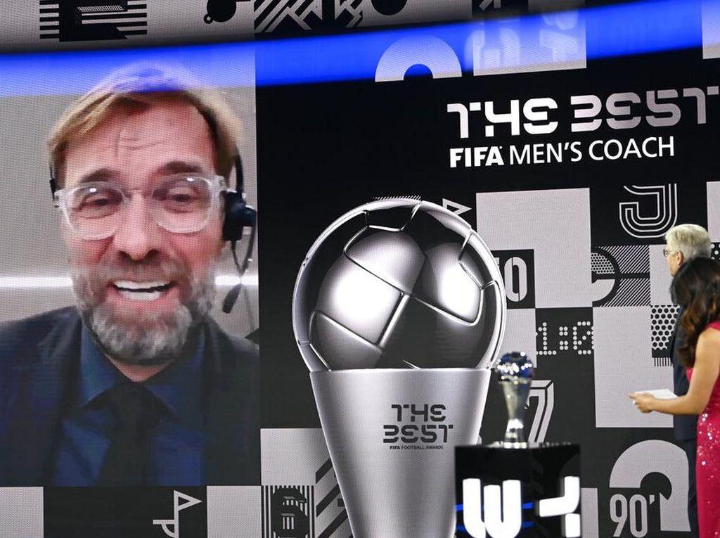 Lagi! Klopp Pelatih Terbaik FIFA, Kini Ungguli Flick dan Bielsa