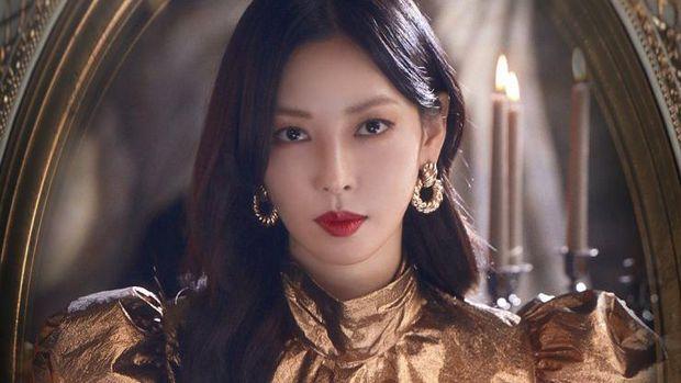 Kim So-Yeon sebagai Cheon Seo-Jin di The Penthouse