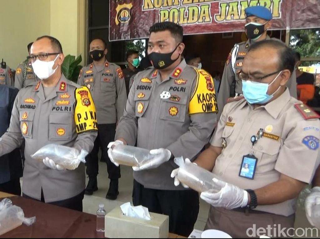 Polisi Gagalkan Penyelundupan 40 Ribu Benih Lobster di Jambi, 3 Orang Diamankan