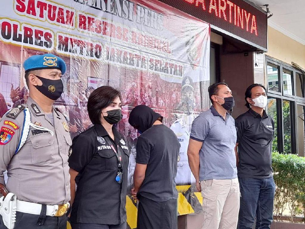 Pria Pecinta Habib Bahar Mau ke Polres Jaksel karena Ada Undangan WA