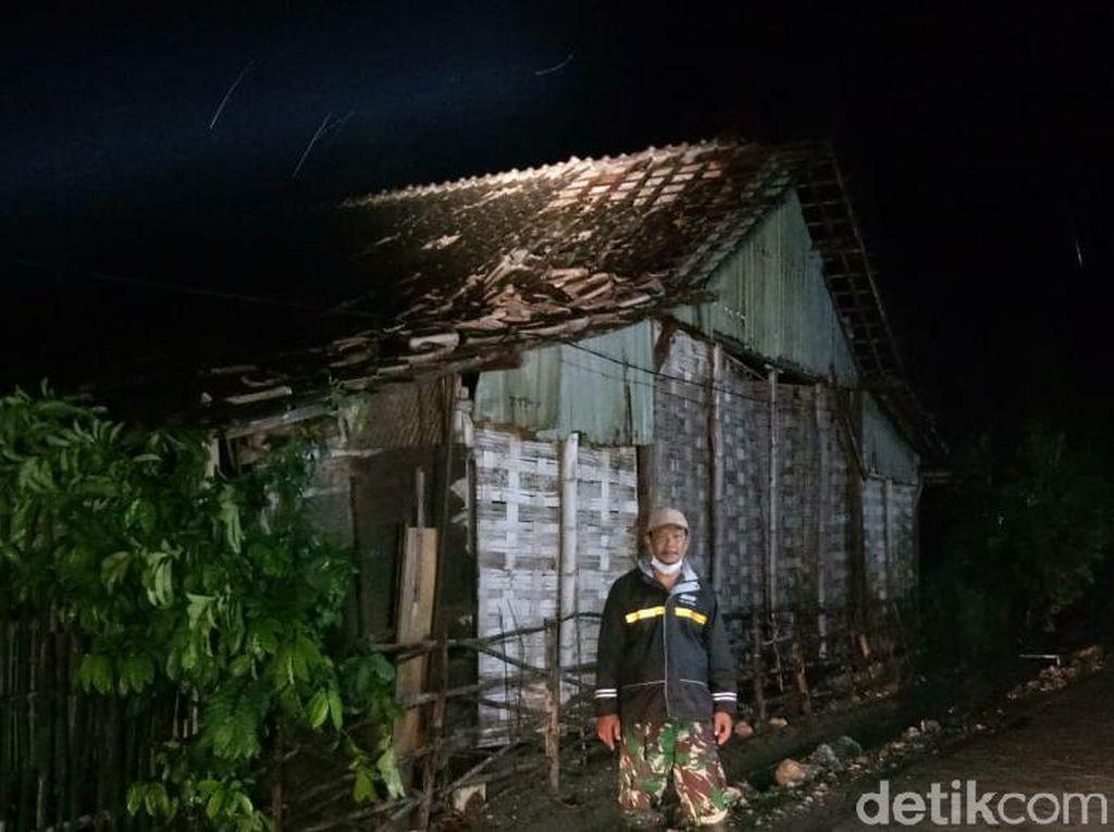Puluhan Rumah di Lamongan Rusak Diterjang Hujan Disertai Angin Kencang