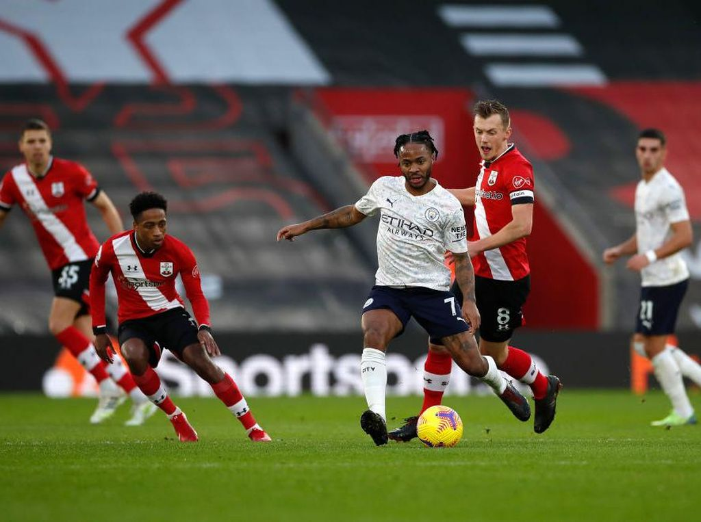 Gol Sterling Bawa Man City Ungguli Southampton di Babak I