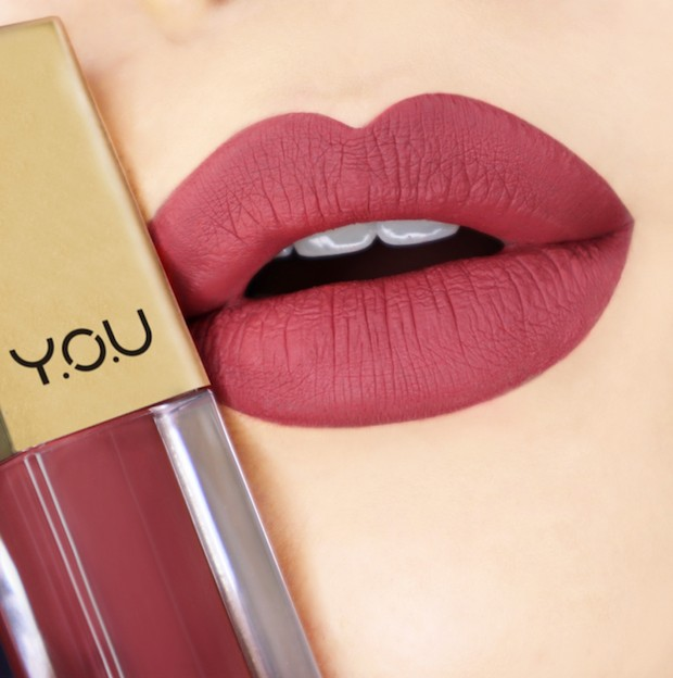 Bold Lips/ Y.O.U Makeups