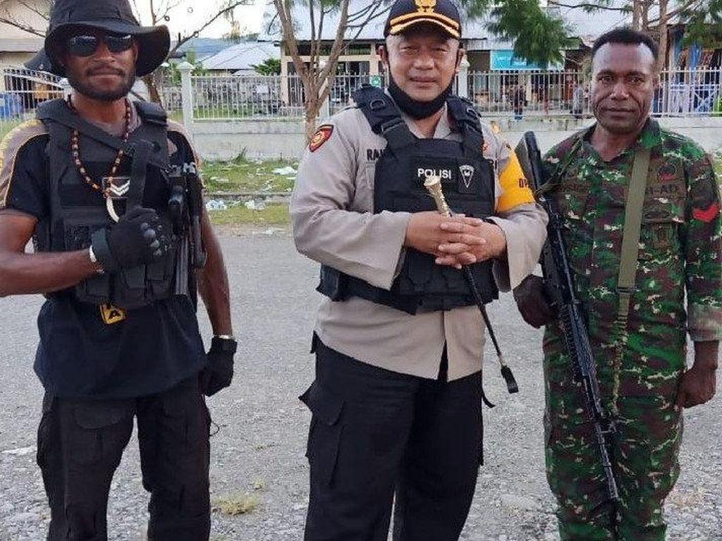 Rapat Pleno KPU di Yalimo Ricuh, 1 Polisi Kena Panah