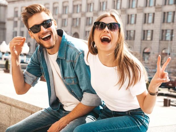 memberi dukungan penuh kepada pasangannya salah satu alasan yang tepat untuk jatuh cinta dengannya/freepik.com