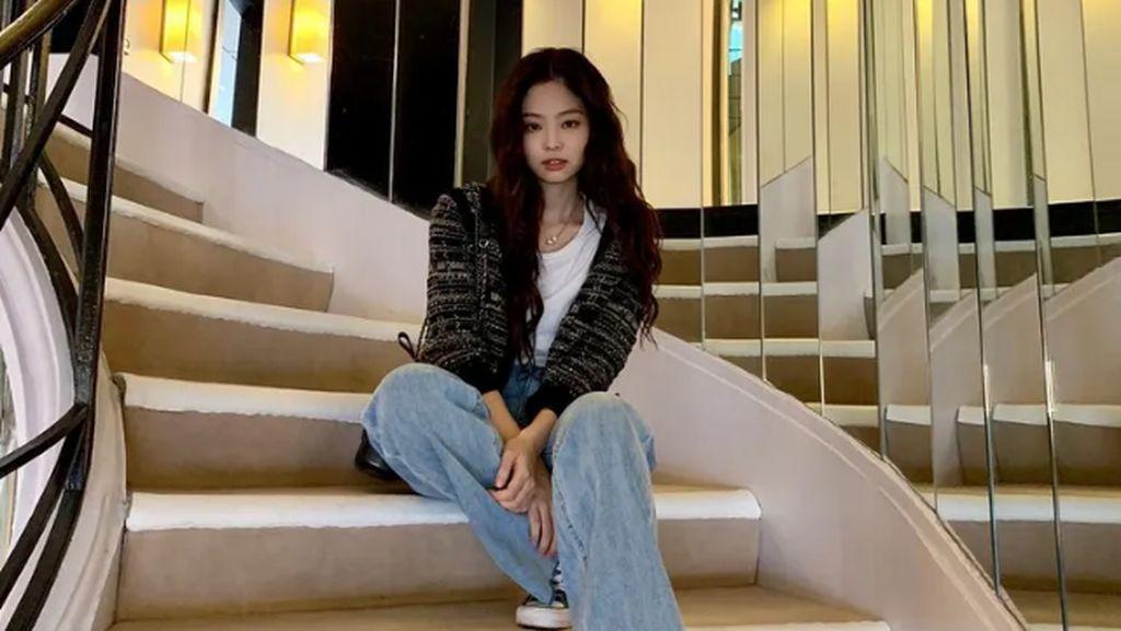 8 Gaya Kasual Jennie Blackpink Pakai Chanel, Kelihatan Santai Tapi Mahal