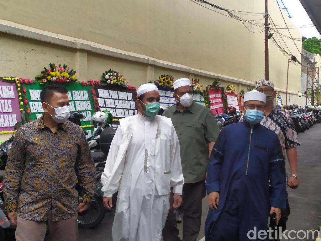 FPI Datangi Komnas HAM, Serahkan Bukti Penembakan 6 Laskar di Km 50 Tol Japek