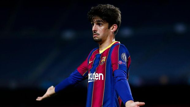 BARCELONA, SPAIN - NOVEMBER 04: Francisco Trincao of FC Barcelona gestures during the UEFA Champions League Group G stage match between FC Barcelona and Dynamo Kyiv at Camp Nou on November 04, 2020 in Barcelona, Spain. (Photo by Eric Alonso/Getty Images)