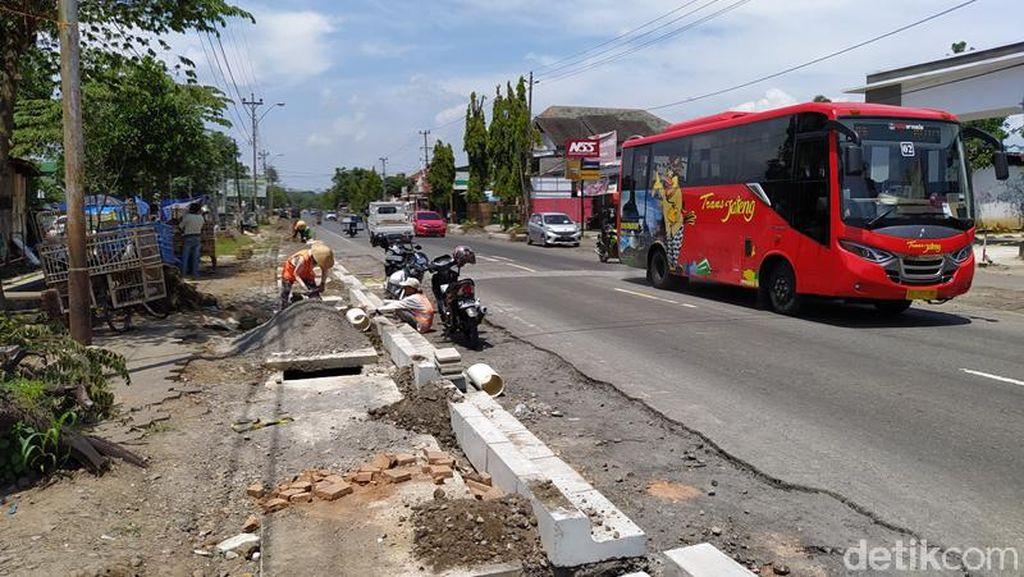 Jalan dari YIA Menuju Candi Borobudur Dilebarkan