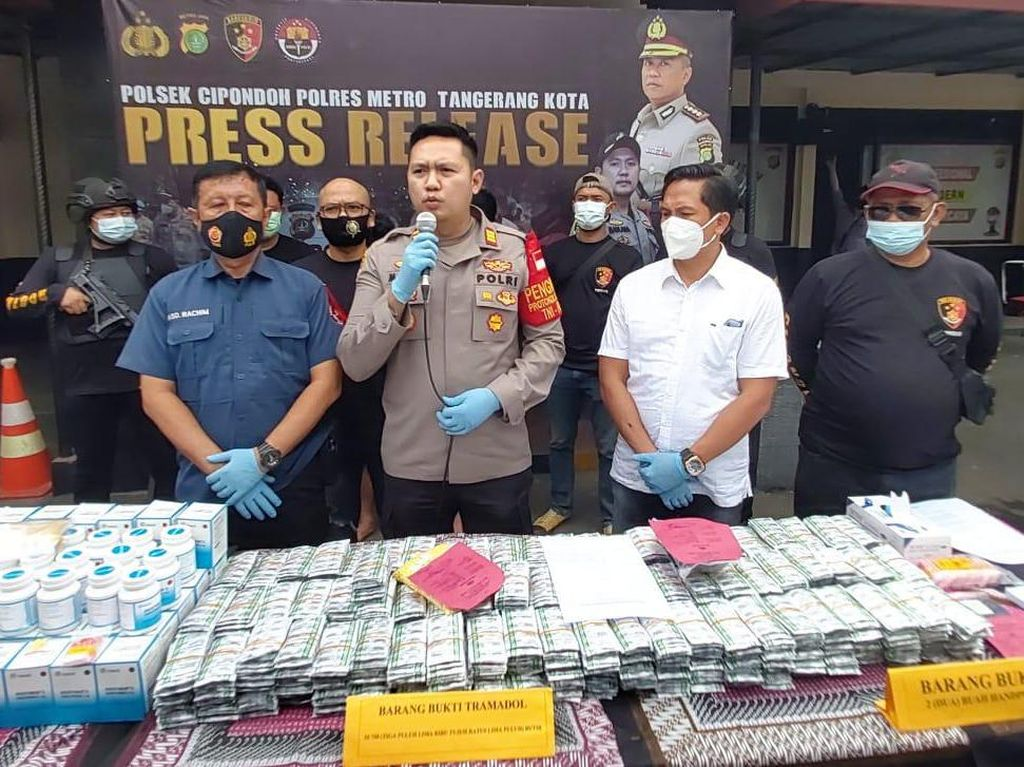 Disiapkan untuk Pesta Tahun Baru, 35.750 Tramadol di Cipindoh Disita Polisi