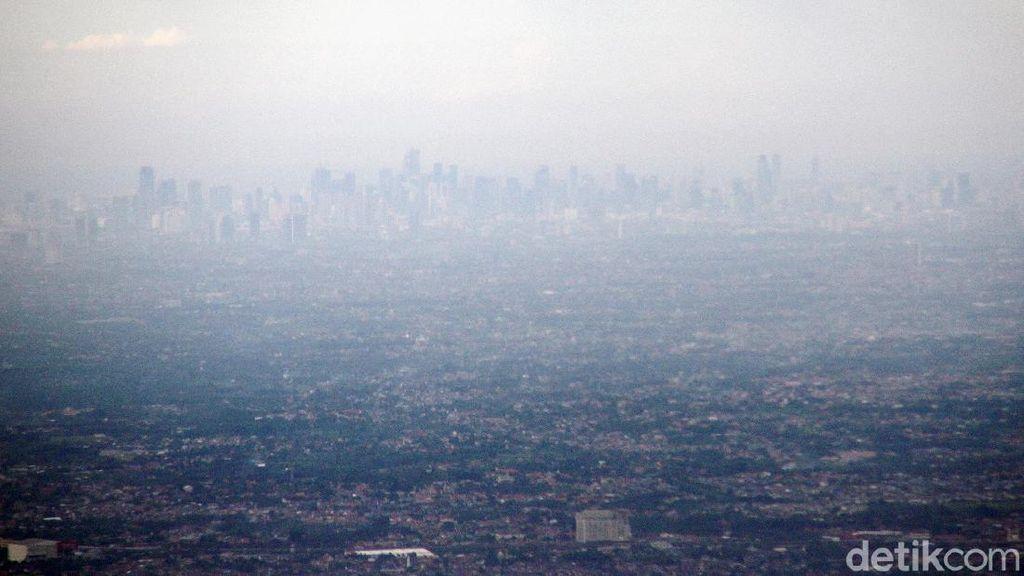 Melihat Kota Jakarta dan Bogor dari Ketinggian
