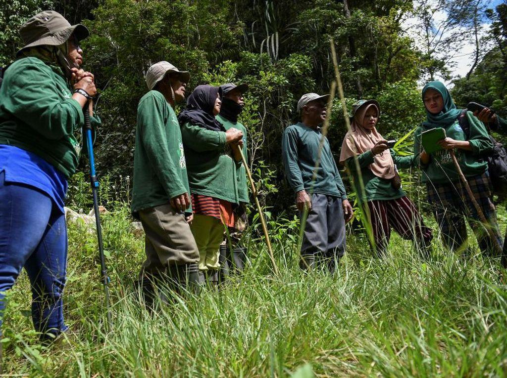 Perempuan-Perempuan Penjaga Hutan dan Pelindung Satwa Liar di Aceh