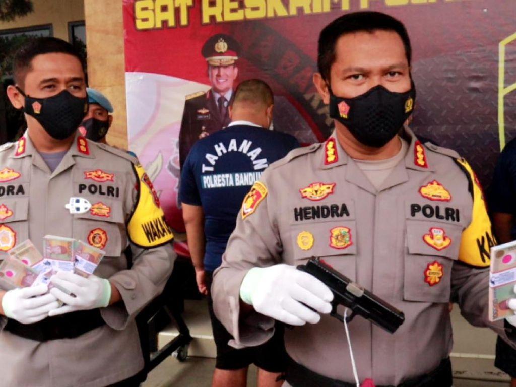 Gasak Rp 759 Juta, Pelaku Begal Medsos di Bandung Ditangkap Polisi