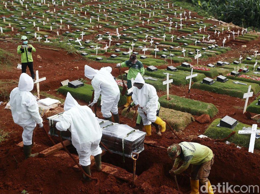 TPU Srengseng Sawah Jaksel Dipakai Makamkan Jenazah COVID-19
