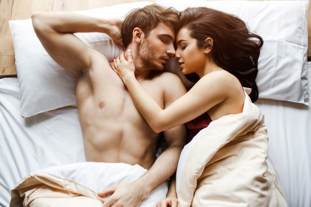 Alasan posisi ini bisa menghilangkan stres, kamu bisa berbaring, menutup mata dan menikmati semua sensasi,