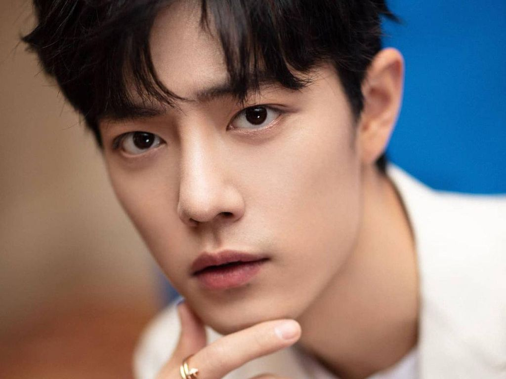 10 Potret Xiao Zhan, Pria Tertampan di Dunia 2020 yang Kalahkan V BTS