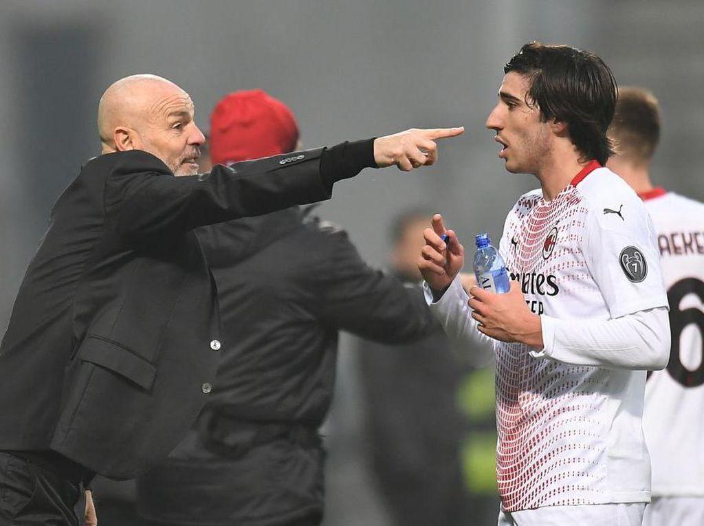 Jelang AC Milan Vs Lazio, Rossoneri Alami Krisis Lini Tengah