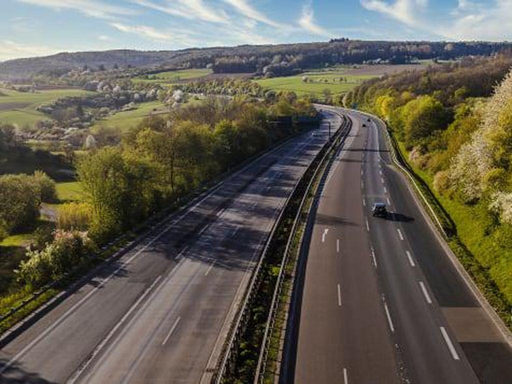 Mengenal Autobahn Jerman, Jalan Tanpa Batas Kecepatan