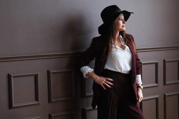 Tips Outfit untuk payudara besar/Freepik.com