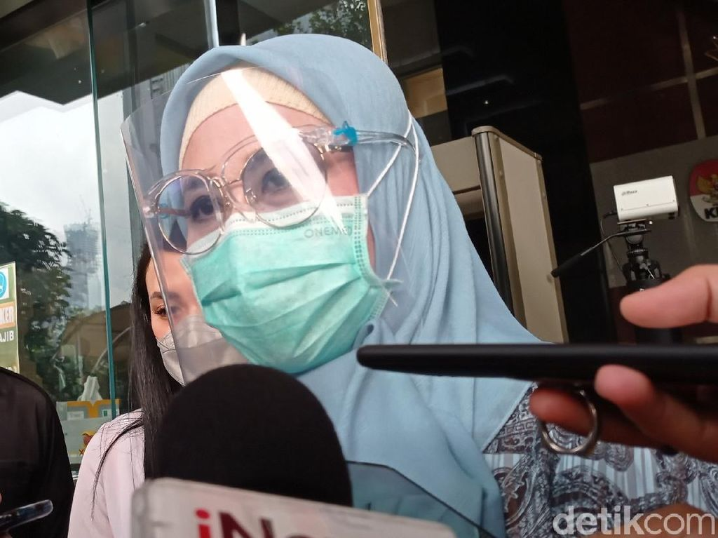 Istri Edhy Diperiksa KPK untuk Tanda Tangan Barang Sitaan Kasus Ekspor Benur