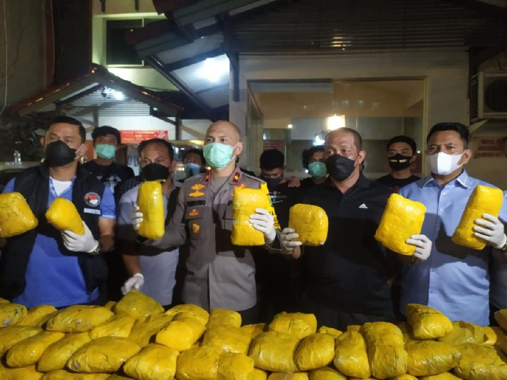 Jaringan Narkoba Internasional Ditangkap di Kawasan Petamburan Jakpus