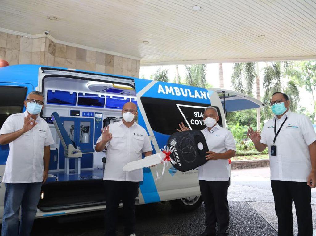 Pelindo III Sumbang Mobil Ambulans Penanganan COVID-19 ke RS PHC