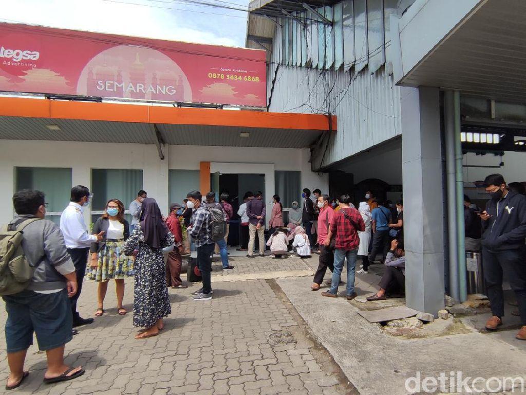 Rapid Test Antigen di Stasiun Tawang Semarang, Ada Penumpang yang Positif