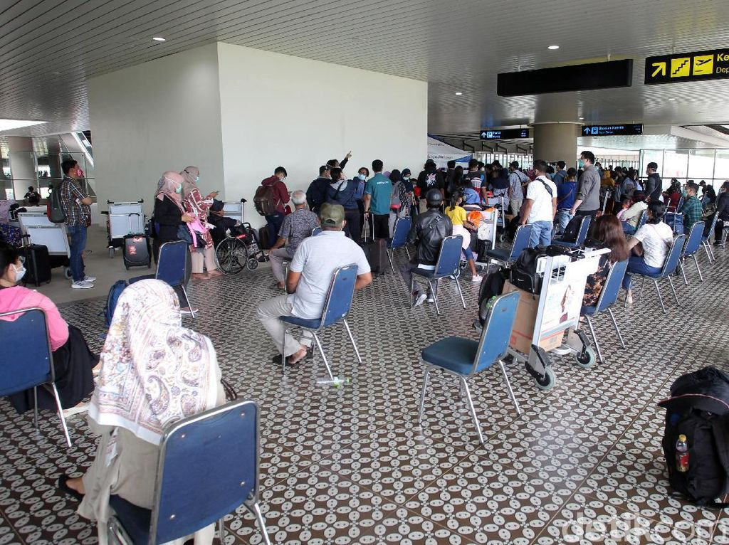 Jadi Syarat Naik Pesawat, AirAsia Tawarkan Rapid Antigen Harga Miring