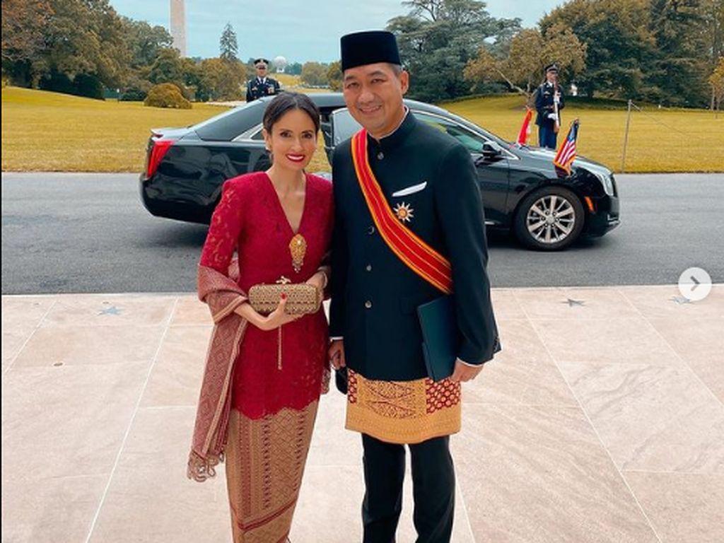 Lihat Kecantikan Bianca & Loemongga, Model 90-an Istri Menteri Kabinet Jokowi