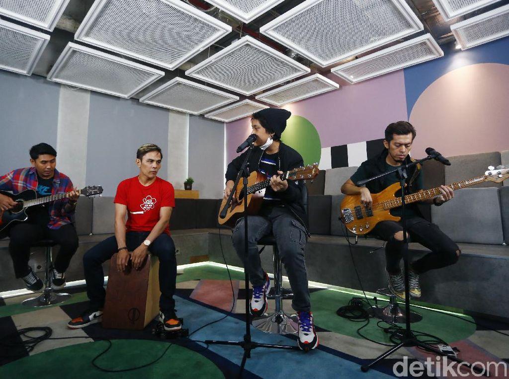 Drive Bawakan Lagu Siasat Jitu Bersama Danes Rabani