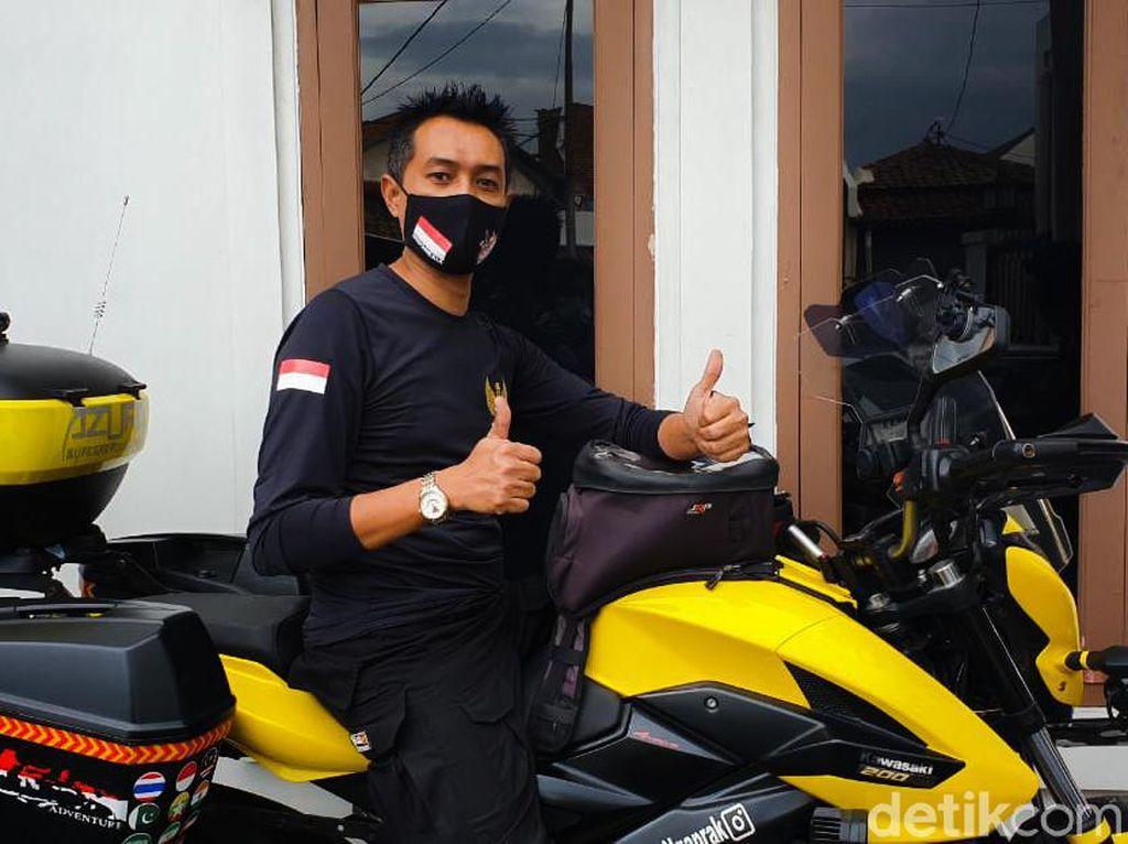Masya Allah, Pria Ini Ingin Pergi Haji Naik Motor dari Cimahi