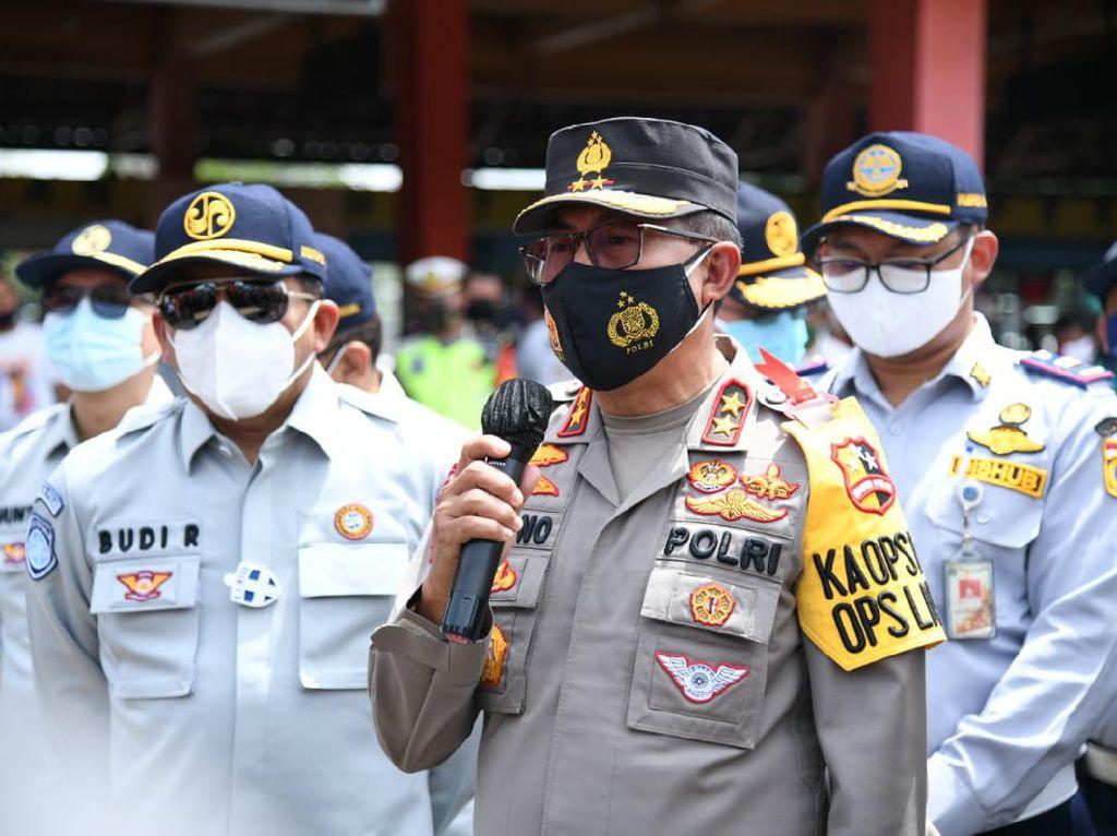 Pantau Simpang Gadog, Kakorlantas: Volume Kendaraan ke Puncak Turun