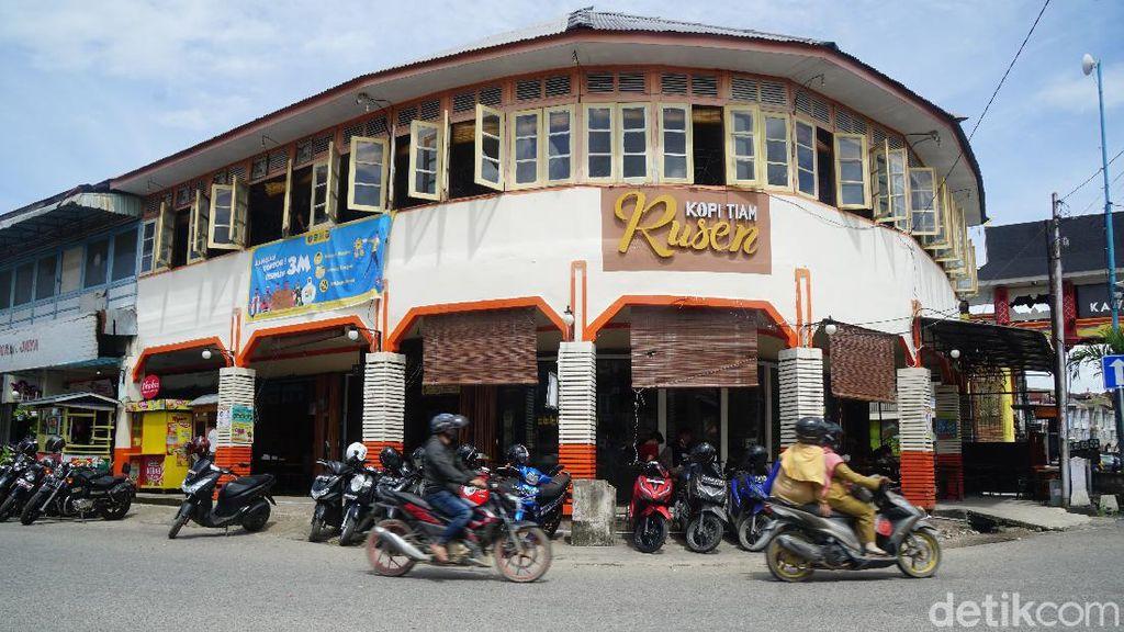 Potret Kedai Kopi Tertua di Singkawang