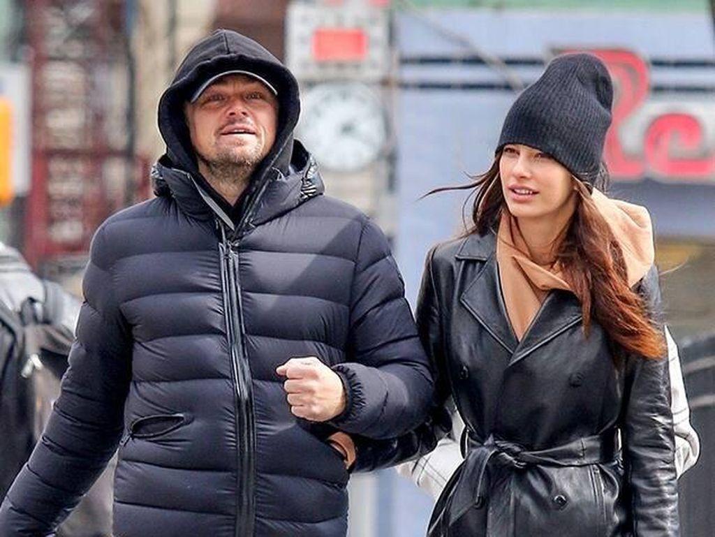 Leonardo DiCaprio Makin Serius dengan Kekasih yang Beda Usia 23 Tahun