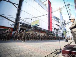 Petugas Gabungan Diterujunkan Pelototi Prokes Saat Nataru di Bandung