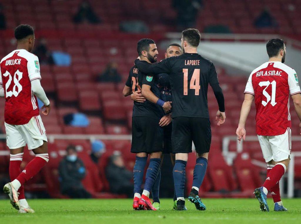 Blunder Kiper Arsenal yang Bikin Riyad Mahrez Heran