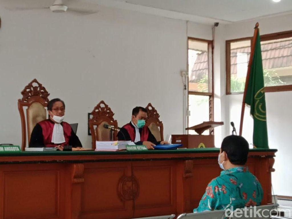 Kasus Korupsi, Eks Bupati Rachmat Yasin Didakwa Terima Rp 8,9 M-Tanah
