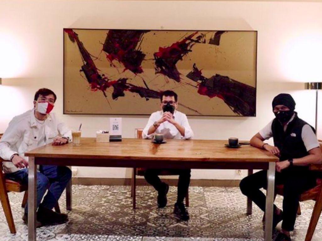 Wishnutama Belajar Bikin Kopi hingga Tinjau Restoran di Tengah Pandemi