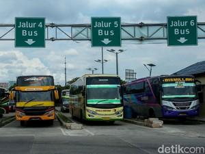 Tarif Tol Naik, Harga Tiket Bus Ikutan Naik?